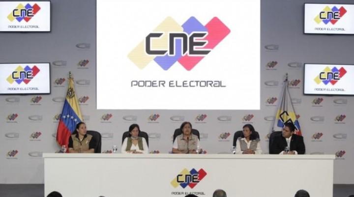VENEZUELA: MIENTRAS EL MUNDO BOICOTEA, EL GOBIERNO SIGUE CONSTRUYENDO DEMOCRACIA