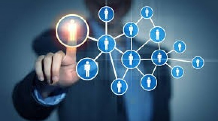 Redes sociales e ideología