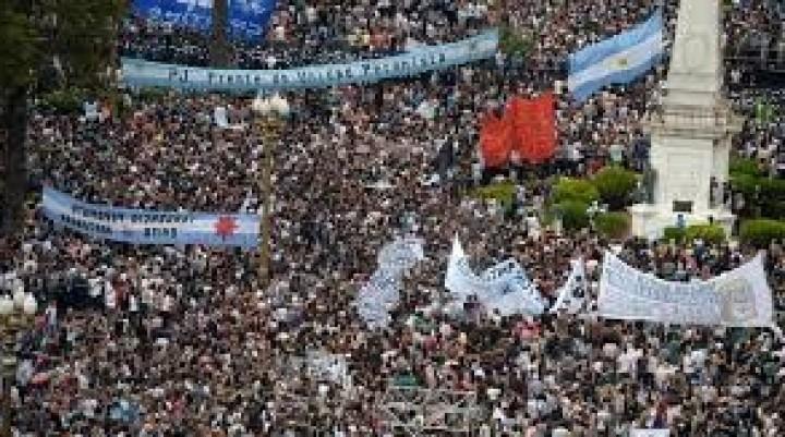 ARGENTINA: 42 AÑOS HACIENDO MEMORIA Y  PIDIENDO JUSTICIA