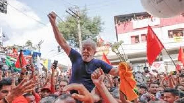 BRASIL:  LULA PRESO, PERO MAS LIBRE QUE NUNCA !!!