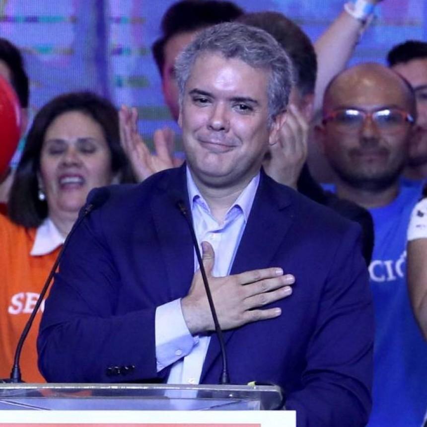 COLOMBIA: GANA IVAN DUQUE PERO GUSTAVO PETRO NO ABANDONA SU LUCHA