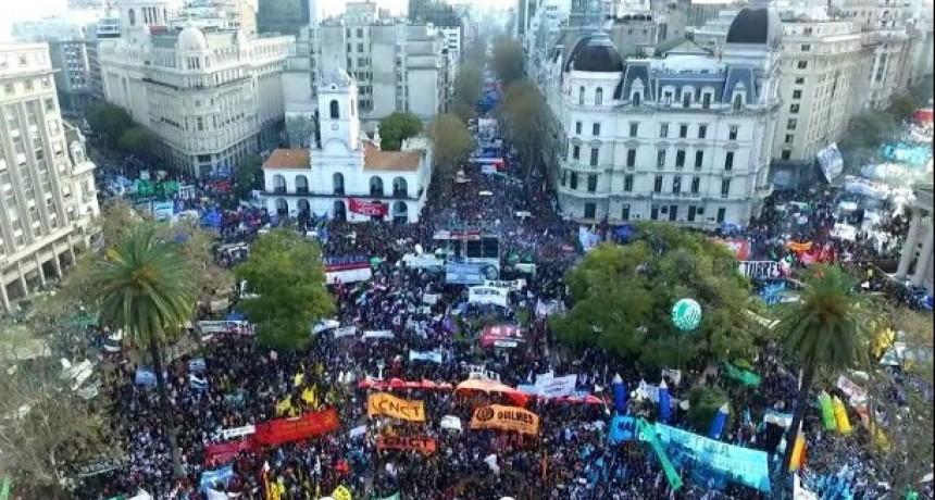 ARGENTINA: MOVILIZACIÓN Y PARO NACIONAL CONTRA EL FMI