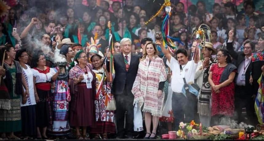 MEXICO : MIRANDO AL FUTURO CON ESPERANZA